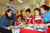 Phó Chủ tịch Tổng LĐLĐVN Nguyễn Thị Thu Hồng khảo sát trường mầm non cho con công nhân