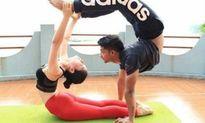 Yoga và những tác dụng làm mới chuyện 'yêu'