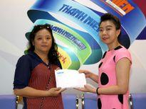 Gia đình nhà thơ Phan Duy Nhân tặng học bổng