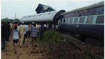Tàu trật đường ray ở Ấn Độ, ít nhất 10 người thiệt mạng