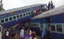 Trật đường ray tàu hỏa ở Ấn Độ, 10 người chết