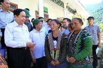 Chủ tịch Trần Thanh Mẫn thị sát vùng tâm lũ Mường La, tỉnh Sơn La