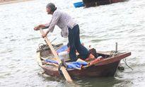 Những ngư dân phận tóc dài 'sát cá' làng chài ven biển Hà Tĩnh