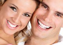 Cách làm trắng răng từ tự nhiên hiệu quả chỉ sau 5 phút