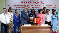ĐH Đông Á liên kết đào tạo nhân lực ngành điều dưỡng theo tiêu chuẩn Đức