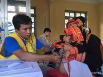 Khám bệnh, tặng quà, cấp phát thuốc cho 1.500 người bệnh