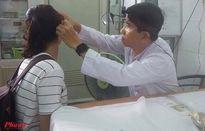 Chưa kịp phẫu thuật chữa bệnh nguy hiểm, cô sinh viên nghèo nhận tin cha đột ngột qua đời