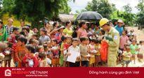 Điện lực Đắk Lắk trao quà cho học sinh và hộ dân có hoàn cảnh khó khăn