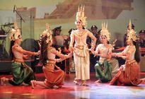 Biểu diễn nghệ thuật hữu nghị Việt Nam - Campuchia