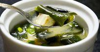 Mùa Vu Lan: Lạ miệng với món canh chay đậu hũ non rong biển