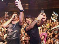 Bộ đôi DJ người Mỹ The Chainsmokers đến TP.HCM biểu diễn