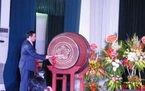 Phó Thủ tướng Vương Đình Huệ đánh trống khai giảng tại Trường THPT chuyên Khoa học Tự nhiên