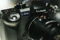 Panasonic GH5 đã có thể quay video 6K với màn hình rộng