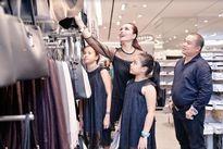 Rocker Nguyễn, Thanh Hằng và dàn sao háo hức mua sắm ở H&M