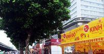 Vì sao bán được ít hàng, các cửa hàng bánh Trung thu vẫn mở dày đặc trên các phố?