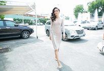Mâu Thủy, Hoàng Thuỳ 'lấn át' dàn thí sinh ở vòng sơ khảo Hoa hậu Hoàn vũ Việt Nam
