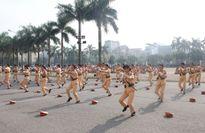 Xem nữ CSGT xinh đẹp múa võ tranh tài trước thềm APEC 2017