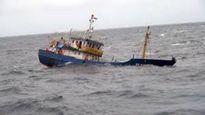 Quảng Ninh: 2 phương tiện thủy bị đắm vì bão số 10