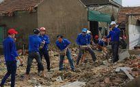 Hà Tĩnh huy động các lực lượng giúp dân khắc phục hậu quả bão số 10