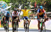 Tay đua người Hàn Quốc ẵm áo vàng giải đua xe xuyên Việt