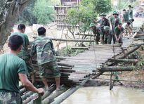 Những cây cầu nối tình quân - dân