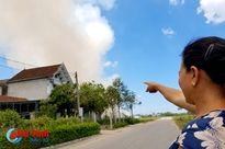 Xử lý rác sau bão gây ô nhiễm khói trong khu dân cư ở TP Hà Tĩnh