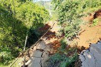 Yên Bái: Sạt lở nghiêm trọng đường tỉnh 174 huyện Trạm Tấu cô lập
