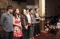 Sân khấu 'chết', kịch cà phê sống khỏe