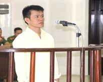 Lĩnh án 11 năm tù vì nghi người khác nói xấu mình