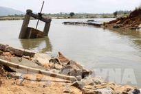 Ngành ngân hàng hỗ trợ các tỉnh miền Trung 6 tỷ đồng khắc phục hậu quả bão số 10
