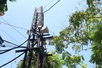 Ngắm những cột điện 100 tuổi còn lại ở Hà Nội