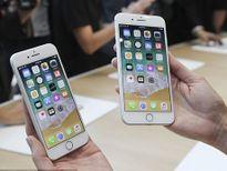 Nhu cầu đặt mua iPhone 8 thấp khiến giá cổ phiếu Apple giảm mạnh