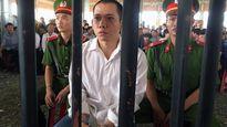 Kẻ cướp ngân hàng dùng súng ở Trà Vinh lĩnh án 20 năm tù