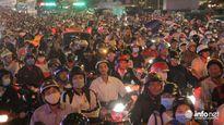 TP HCM: Hàng ngàn phương tiện 'chôn chân' nhiều giờ liền tại ngã tư Thủ Đức