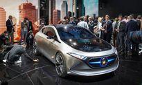 Ngắm xe ôtô điện mini EQA siêu hiện đại của Mercedes