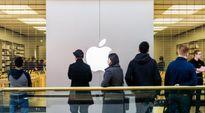 Apple lần đầu chứng kiến cảnh ít người xếp hàng mua iPhone mới