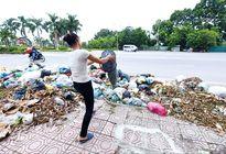 3.000 tấn rác bủa vây thị xã Sơn Tây