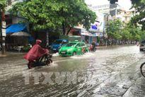 Áp thấp nhiệt đới tràn về, ngập úng có nguy cơ xuất hiện tại nhiều nơi