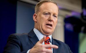Thư ký báo chí của Tổng thống Trump bất ngờ từ chức