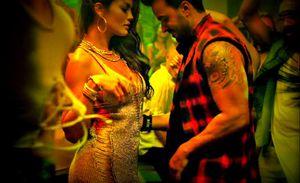 Malaysia cấm bản 'hit khủng' Daspacito