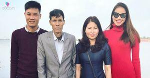 Phạm Hương gây cảm phục vì vừa chăm bố ốm nặng, vừa lo đám cưới của em trai