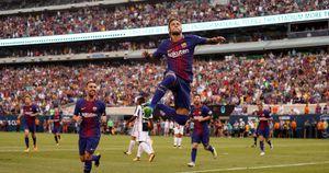 Neymar lập siêu phẩm vào lưới Juventus