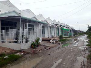 Bạc Liêu: Xuất ngân sách 11 tỉ đồng mua 43 căn nhà cho cán bộ rồi bỏ không