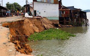 Chi 47 tỷ đồng lấp 'hố tử thần' trên sông Vàm Nao