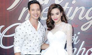 Chia tay đại gia kim cương, Hồ Ngọc Hà quay clip 18+ với Kim Lý
