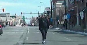 Cảnh sát Mỹ nã 69 phát đạn vào nghi phạm chống trả