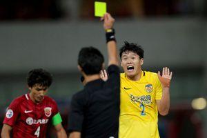 Bóng đá Trung Quốc khủng hoảng: 'Bong bóng' tài chính sắp vỡ?