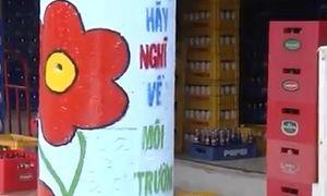 Nhiều cột điện 'nở hoa' ở thành phố Hồ Chí Minh