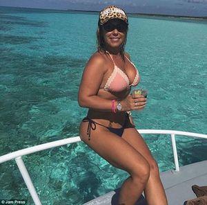 Nóng nhất hôm nay: Đăng ảnh bikini, nữ cảnh sát Brazil được cầu hôn liên tục