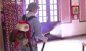 Phun thuốc diệt muỗi phòng sốt xuất huyết có ảnh hưởng sức khỏe?